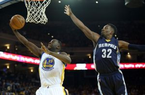 Draymond Green got the better of Jeff Green this time on a swoop to the hoop. (photo courtesy of www.chatsports.com)
