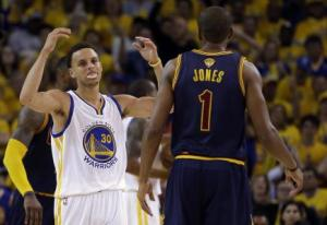 Steph Curry looks frustrated as things don't go his way (photo courtesy of home.suddenlink.net)